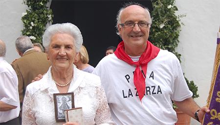 Miguel Romero y su madre